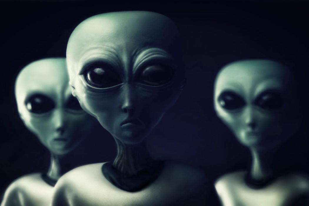 https://regista.gr/wp-content/uploads/2020/12/aliens.jpg