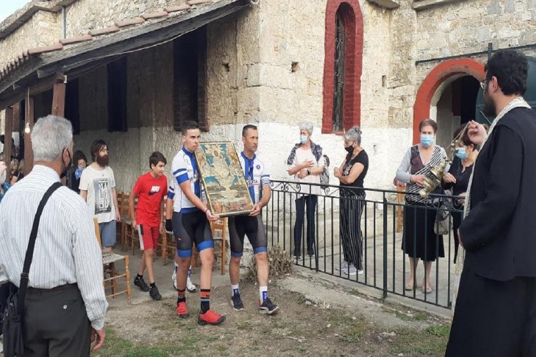 Στην περιφορά της εικόνας της Παναγίας η ποδηλασία της Νίκης Βόλου (pics)